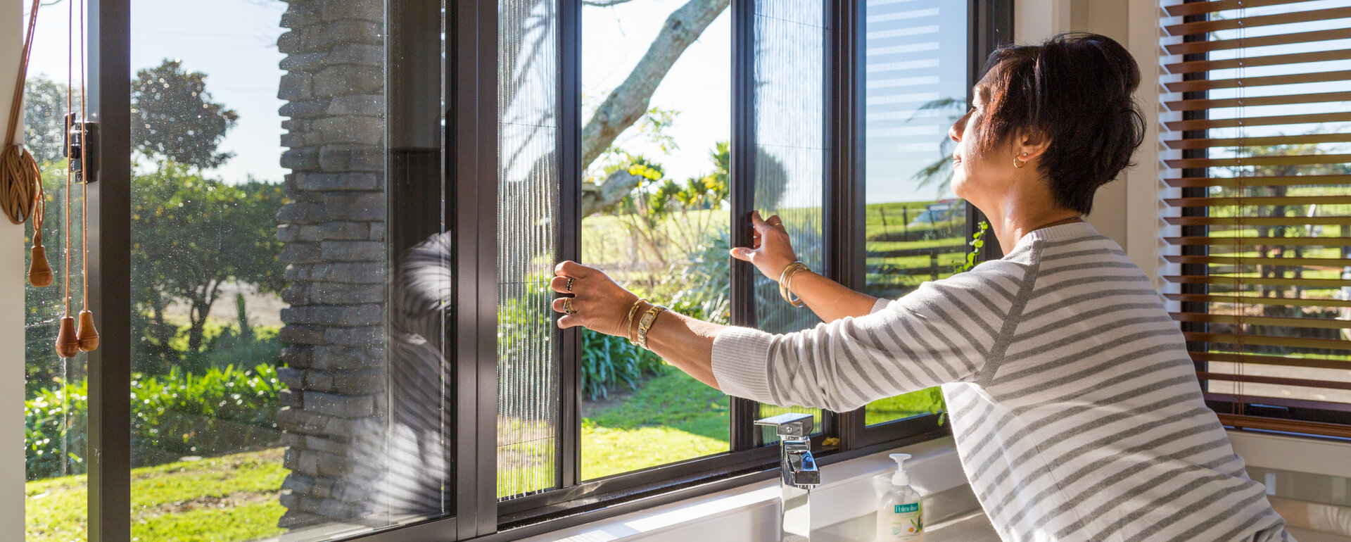 Exceed - we fix windows & doors | Insect & Fly Screens